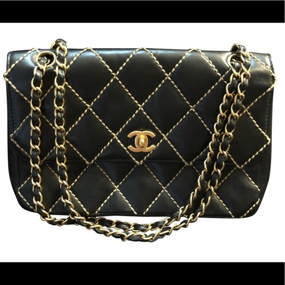 CHANEL Bags   Sale Auth Surpique Flap Bag   Poshmark 8934cc7169